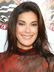 Skin Care Company Apologizes to Teri Hatcher | Teri Hatcher