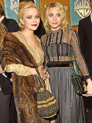 DOUBLING UP  photo | Ashley Olsen, Mary-Kate Olsen