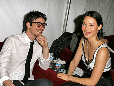 WHO'S LUCKIER? photo | Josh Hartnett, Lucy Liu