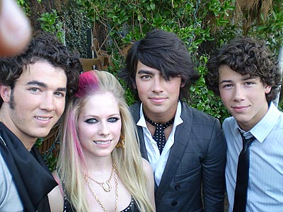 AVRIL LAVIGNE  photo | Avril Lavigne, Jonas Brothers