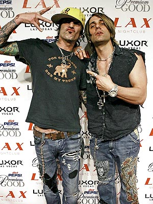 TOMMY LEE & CRISS ANGEL photo | Criss Angel, Tommy Lee