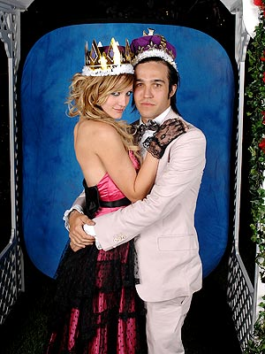 ASHLEE SIMPSON & PETE WENTZ photo | Ashlee Simpson, Pete Wentz
