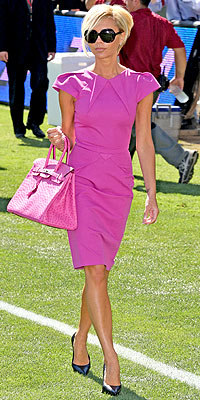 PRETTY IN PINK photo | Victoria Beckham