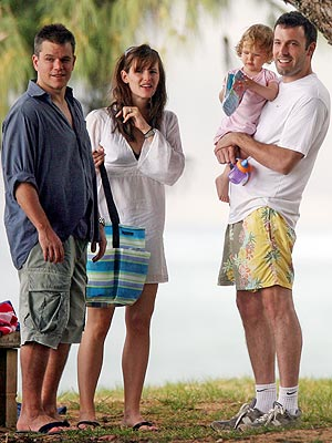 ALOHA REUNION photo | Ben Affleck, Jennifer Garner, Violet Affleck