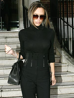 BACK IN BLACK  photo | Victoria Beckham