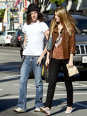 EASY STREET photo | Cisco Adler, Mischa Barton