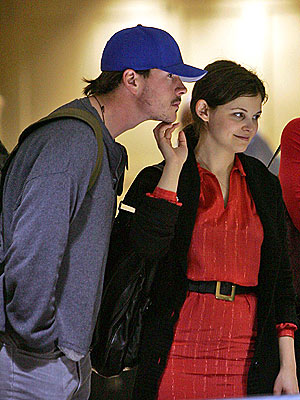 CHIN UP photo | Chris Klein, Ginnifer Goodwin