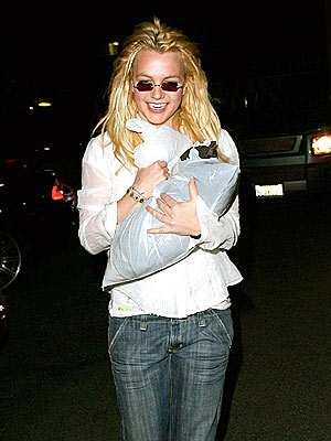 CLEANING HOUSE  photo   Britney Spears