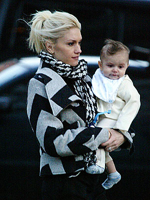 STUCK ON HIM  photo | Gwen Stefani