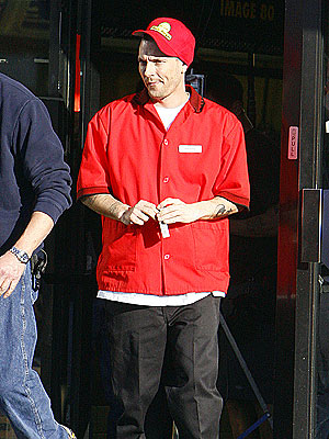 FROM RICHES TO RAGS photo | Kevin Federline