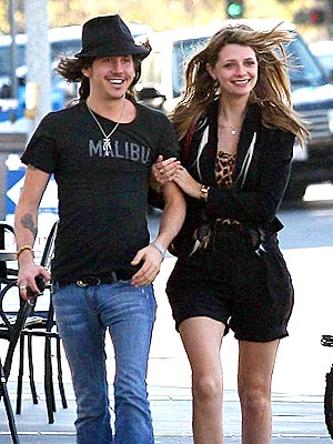 ARM CANDY photo | Cisco Adler, Mischa Barton