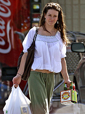 This is image 3 of the evangeline lilly