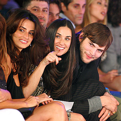 ON THE FRONT LINE  photo | Ashton Kutcher, Demi Moore, Penelope Cruz