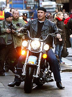 READY TO MOTOR photo | John Travolta