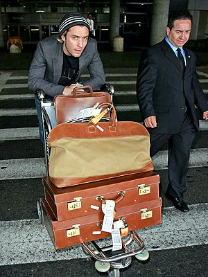 EXCESS BAGGAGE photo | Jude Law
