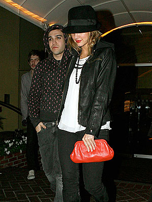 ANOTHER WORLD  photo | Ashlee Simpson, Pete Wentz