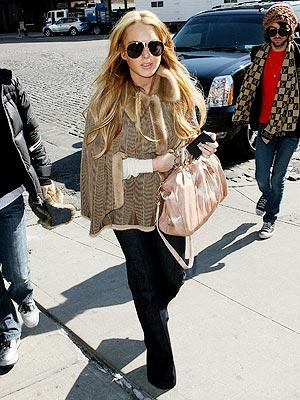 WEEKEND KICKOFF photo   Lindsay Lohan
