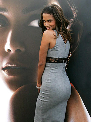SEEING DOUBLE photo | Halle Berry