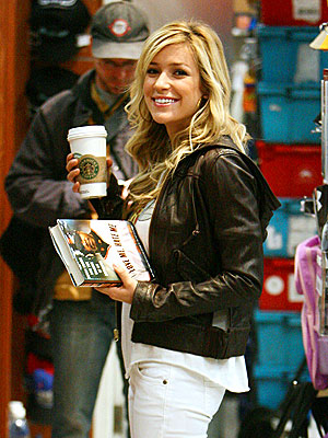 TRAVEL AID photo | Kristin Cavallari