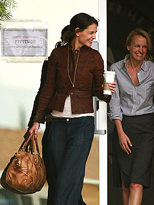 FIT TO WORK photo | Katie Holmes