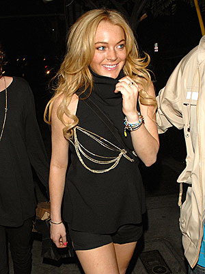 SOCIAL CLUB photo | Lindsay Lohan