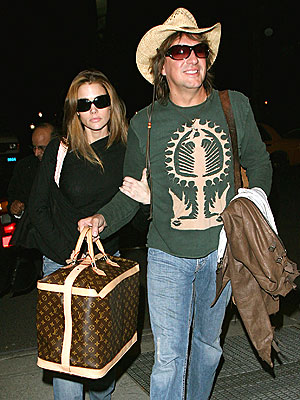 SUPPORT GROUP photo | Denise Richards, Richie Sambora