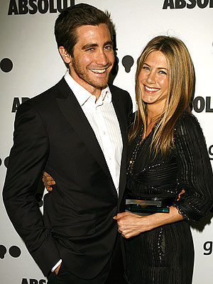 EVERYBODY LOVES JEN photo | Jake Gyllenhaal, Jennifer Aniston