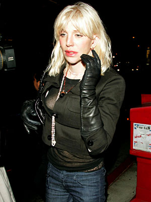 PICTURE PERFECT photo | Courtney Love