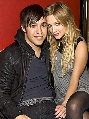 DOWNTOWN ROYALTY photo | Ashlee Simpson, Pete Wentz