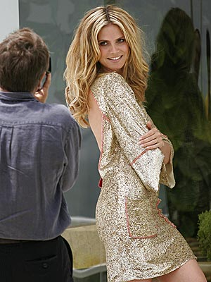 BACK IT UP photo | Heidi Klum