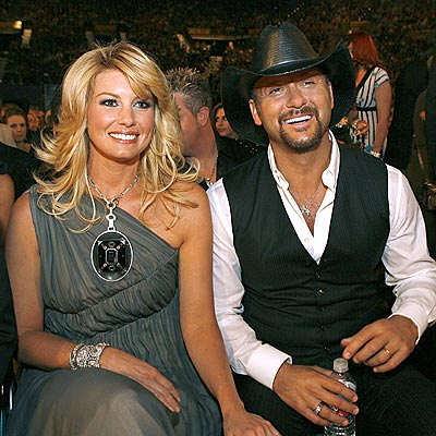 COUNTRY'S FIRST COUPLE photo | Faith Hill, Tim McGraw