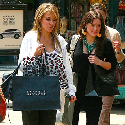 SISTER ACT photo | Haylie Duff, Hilary Duff