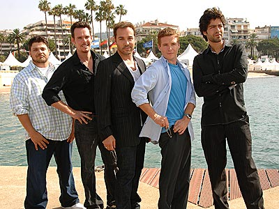 C'EST L'ENTOURAGE! photo | Adrian Grenier, Jeremy Piven, Jerry Ferrara, Kevin Connolly, Kevin Dillon