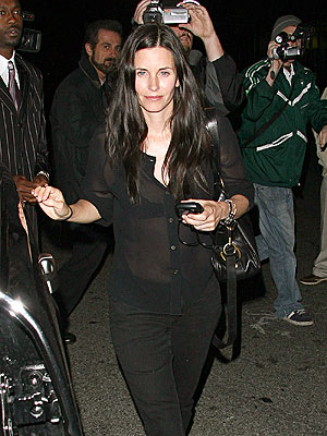 courtney cox sister
