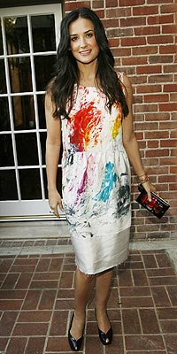 PAINT PARTY photo | Demi Moore
