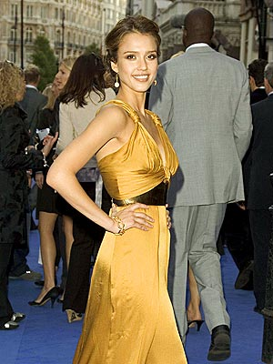 BRASSY SHOW photo | Jessica Alba
