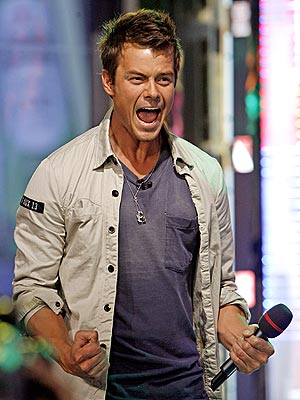 BOYS&#39; TOYS photo | Josh Duhamel