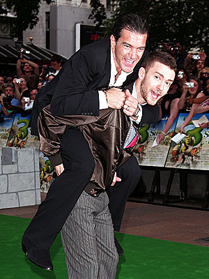 ANIMATED CHARACTERS photo | Antonio Banderas, Justin Timberlake