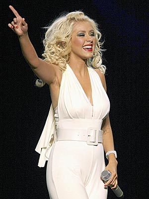 ROCK THE MIC photo | Christina Aguilera