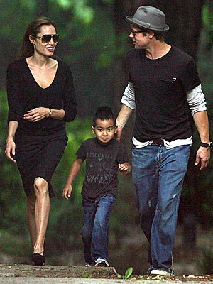 ROAD WELL TRAVELED  photo | Angelina Jolie, Brad Pitt