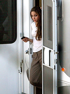 ACTRESS REVEALED! photo | Angelina Jolie