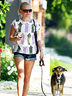 WOMAN'S BEST FRIEND photo | Kate Bosworth
