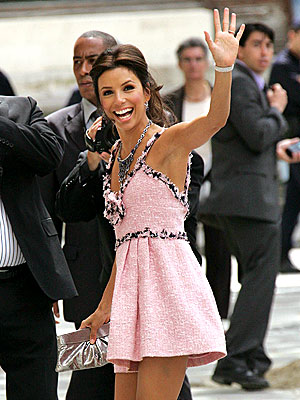 TICKLED PINK photo | Eva Longoria