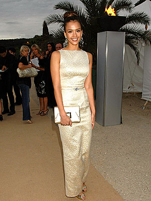 COUTURE CLUB photo | Jessica Alba