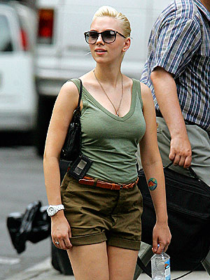 URBAN FATIGUES photo | Scarlett Johansson