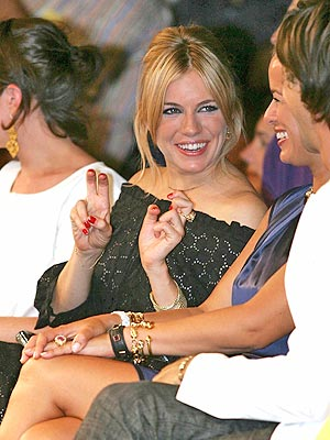 AIR QUOTES! photo | Sienna Miller