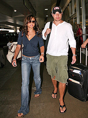 HOME COMING photo | Nick Lachey, Vanessa Minnillo