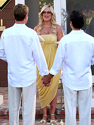 tori spelling first wedding photos. photo | Tori Spelling