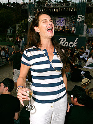 A COCKTAIL OF LAUGHS photo | Brooke Shields