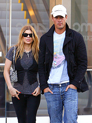 IT'S A DATE photo | Fergie, Josh Duhamel
